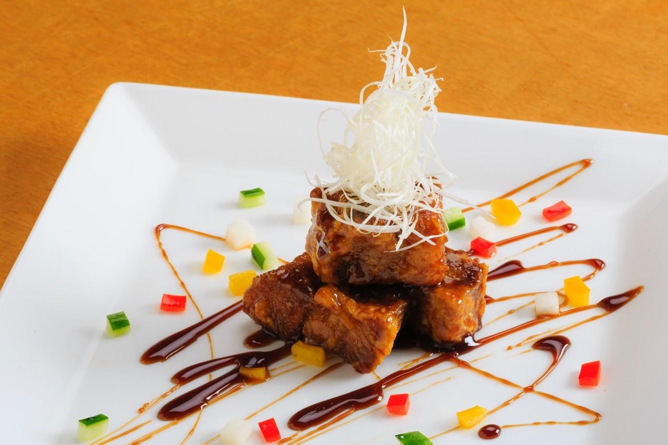 鳳凰特製 駒ヶ岳ポークの黒酢酢豚