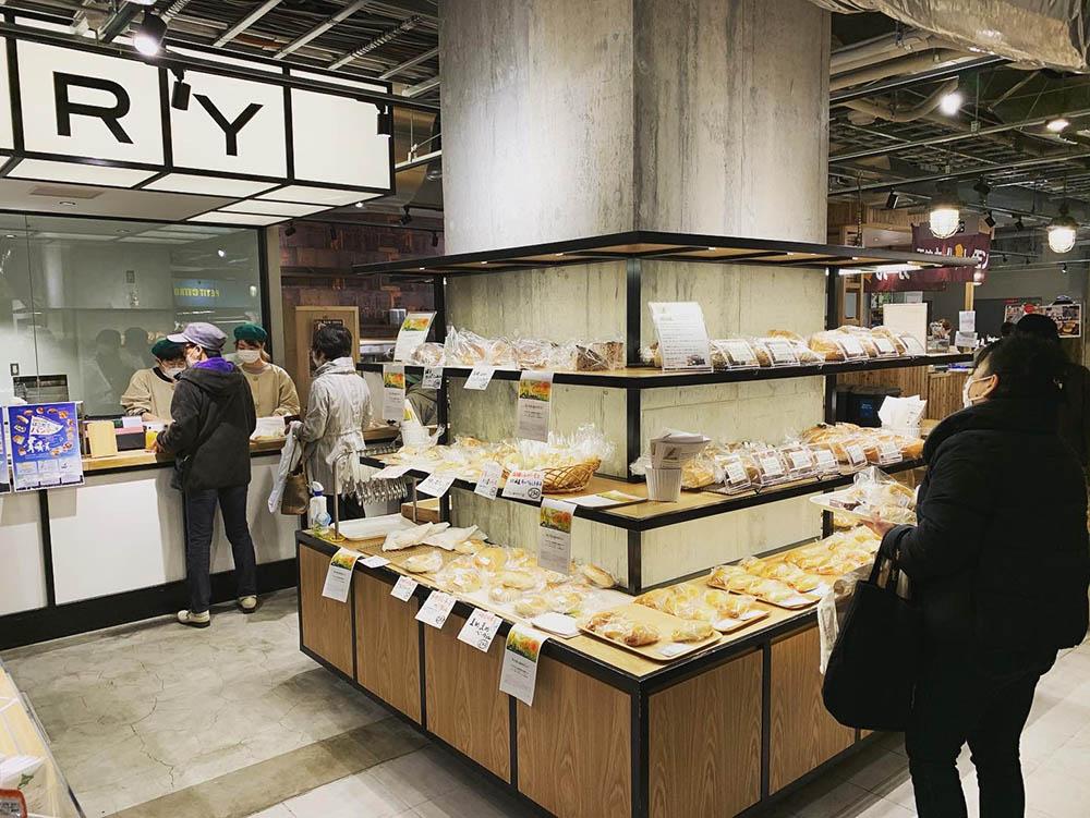 パン屋がシエスタハコダテに日替わり出店「はこだてパンマーチ」